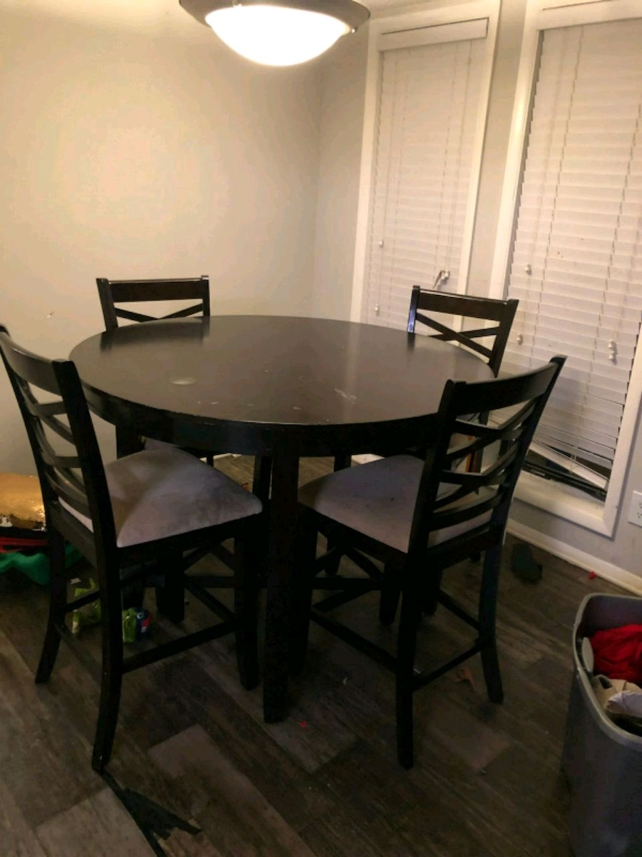 used round brown wooden table with four chairs dining set for sale rh gb letgo com
