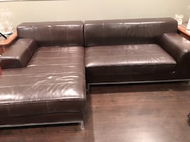 Solid Leather Sofa w/Chase