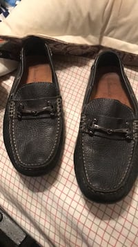 pair of black leather loafers Stockbridge, 30281
