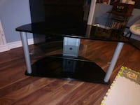 Tv stand  Vaughan, L4J 4Y5