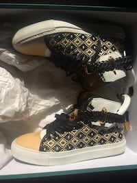 Buscemi Women's Shoes Size 7