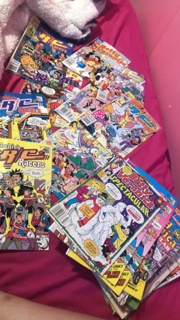 Big lot of old, rare, betty & Veronica and Archie comic books!