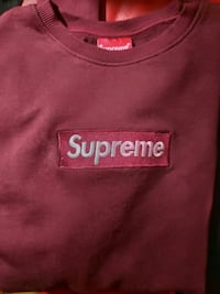 Sudadera Supreme Box logo bordado. Talla M. Madrid, 28005