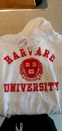 BNWT H&M sweater Harvard (ladies) size LG Oshawa, L1H 8L7