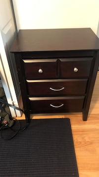 2 nightstands for sale! Fair Lawn, 07410
