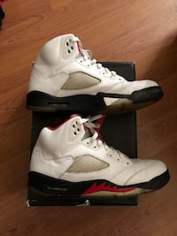 Jordan fire red. Massage for more information (cash only) no e transfer or pay pal Caledon