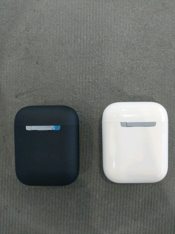 V8 Air pods  compatible to any smart devices.   bb449732-7a87-4c0a-bc22-0c66036d9123