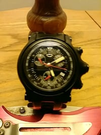 round black chronograph watch with black link bracelet Hagerstown, 21740