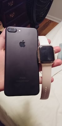 IPHONE 7 PLUS AND APPLE WATCH SERIES 5