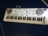 white and gray electronic keyboard Oakville, L6H 7P2
