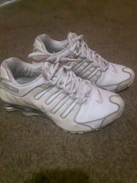 Authentic Women's white Nike shox Surrey, V3T 4G7