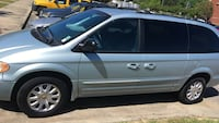 Chrysler - Town and Country - 2001