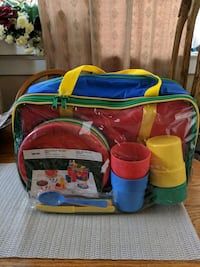 $8.00 --20 pc Picnic Set Toronto, M1C 1C6