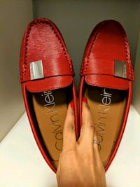 Like New - Calvin Klein Women Shoes Vancouver, V5R 3R3