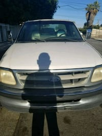 Ford - F-150 - 2001 Los Angeles, 90011