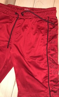 Guess medium Athletic shorts Brampton, L6Z 1C9