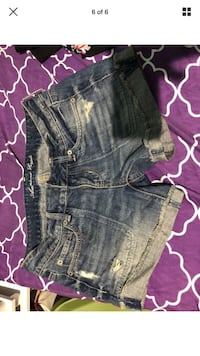 Lot of 6 size small shorts  New York, 11420