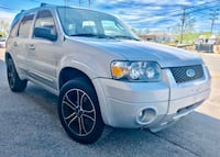 * Slightly Negotiable * 2005 Ford Escape Limited Edition * Read Details  Riverdale Park