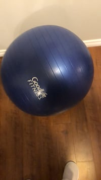 Exercise Ball  553 km