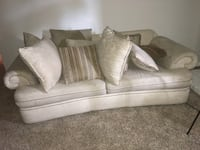 Couch/ Love Seat Houston, 77065