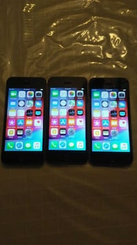 3 IPhone 5s, 16gb, unlock, TRADE ONLY, READ FIRST Toronto, M9V 5G9