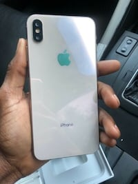 IPHONE XS MAX CAN WORK OVERSEAS  null
