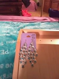 Claires, Holiday, Earings 2265 mi