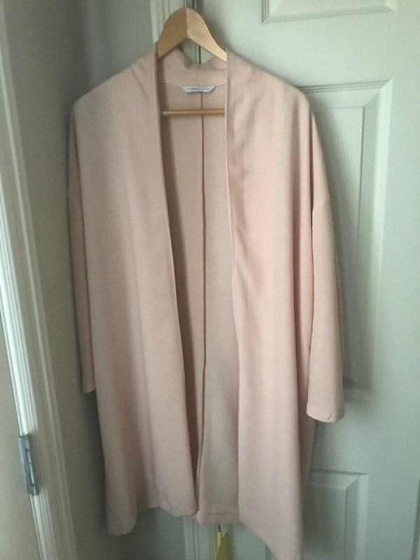 Pink long-sleeved cardigan