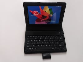Samsung SM-T217A (includes case and keyboard)