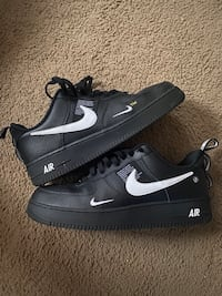 Black Air Force 1s Orchard Hills, 21742