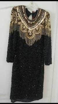 black and gold sequined scoop-neck long-sleeved dr