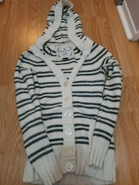 Guess knit sweater size xsmall  London