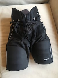 Nike Hockey Pants in great shape!...Junior Large Toronto, M6S 2V3