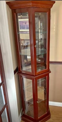 Curio/Display cabinets  Mississauga, L5W 1J6