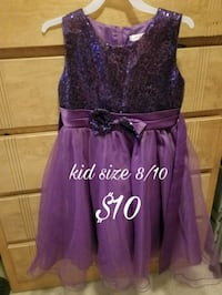 size 8/10 purple sequin sleeveless tulle gown Mercedes, 78570