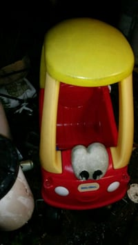 yellow and red Little Tikes cozy coupe Saint Cloud, 34773