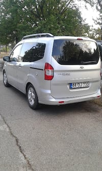 Ford Tourneo Courier 1.5 Delux ISTANBUL