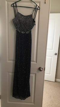 Dark Blue (Open Back) Completely Beaded Dress / Size 4-6 Summerville, 29486