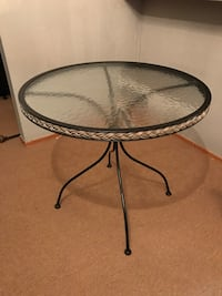 frosted round glass pedestal table