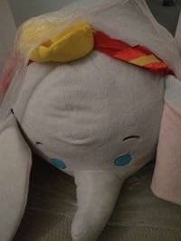 "dumbo tsum tsum mega 37"" Richmond, V6Y 4J7"
