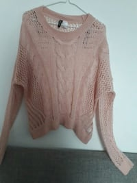 H&M knitted scoop neck sweater pink Montreal