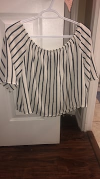 Off the shoulder, stripped top Toronto, M2N 7C6