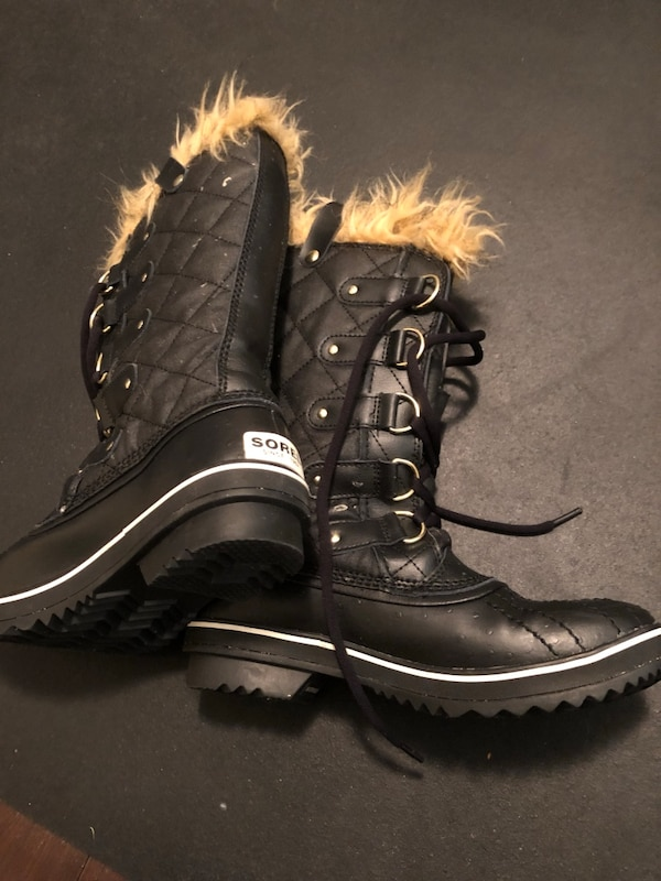 Sorel Winter Boots - Size 7