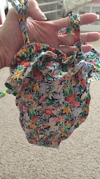 0-3 old navy summer outfit  Johnson City, 37615