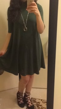 Cute dress, dark green. Size small. Only worn once, necklace comes with the dress Burnaby, V5E