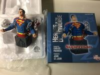 DC Collectibles Superman Bust Statue New York, 11428