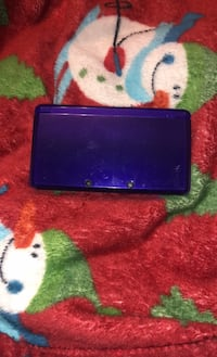 Portable game console willing to trade for pink 3DS