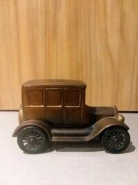 Vintage 1926 Heavy Ford Truck Coin Bank