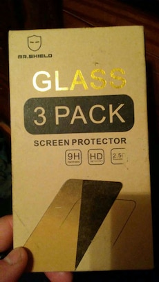 2 screen protectors for a lg stylo 2 cell phone