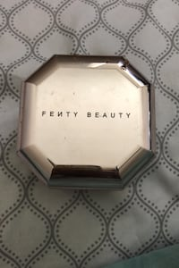 "Fenty Beauty ""Butter"" Setting Powder Edgewood, 21040"